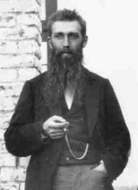 Jean Vincent (1851-1932), eerste Directeur van het Koninklijk Meteorologisch Instituut van België van 1913 tot en met 1919, bij de stichting in 1913.