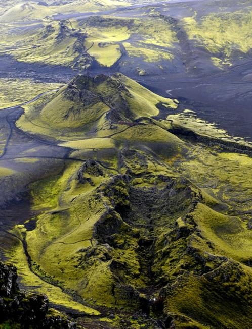 De kraterrij van de Lakagígar vulkaanuitbarsting in IJsland in 1783-1784