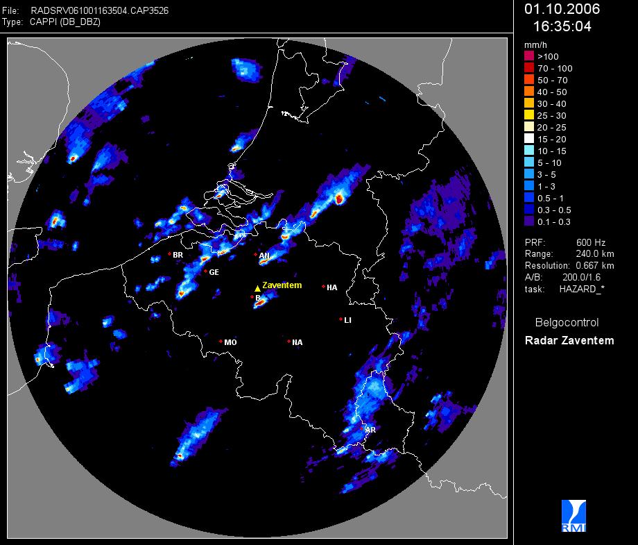 Een radarbeeld van Zaventem (Skeyes) met een uitzonderlijke situatie op 1 oktober 2006 waarbij